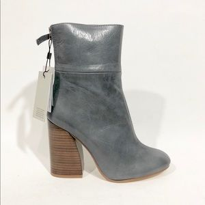 ZARA GRAY  ANKLE BOOTS WITH WOODEN HEELS